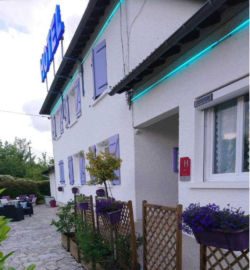 Отель Hotel Au Charme Du Levat