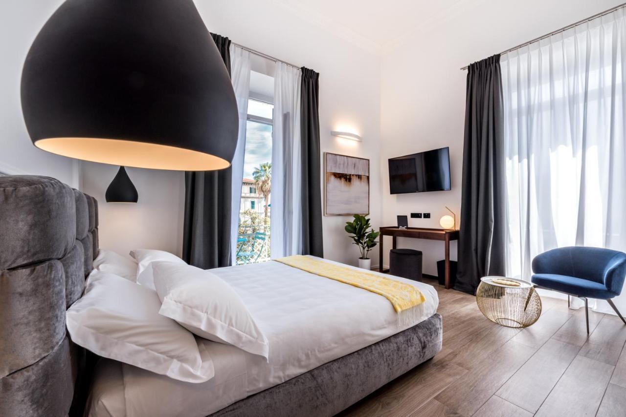 Гостевой дом  La Spezia by The First - Luxury Rooms & Suites  - отзывы Booking