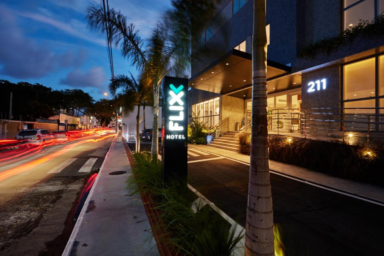 Отель  Flix Hotel  - отзывы Booking