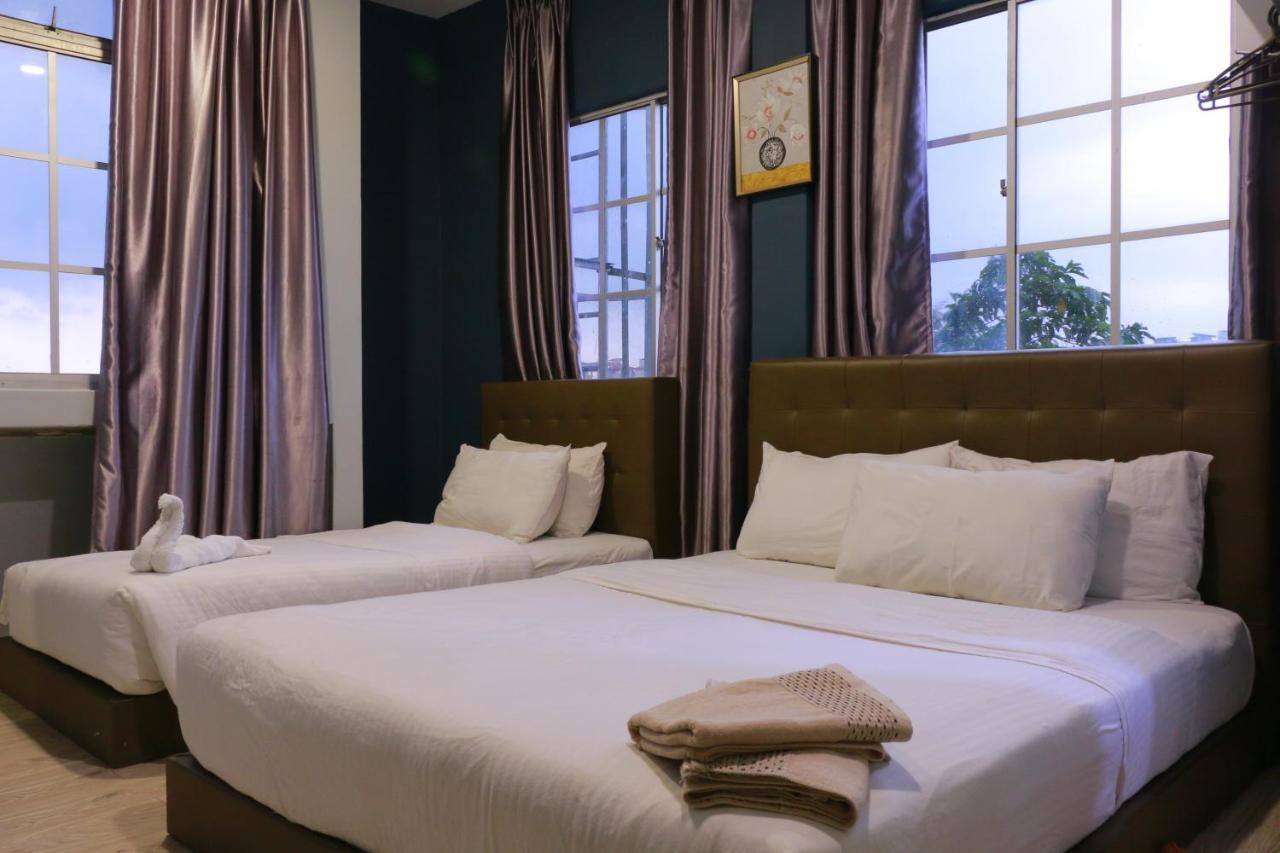 Отель The b'Hotel - отзывы Booking