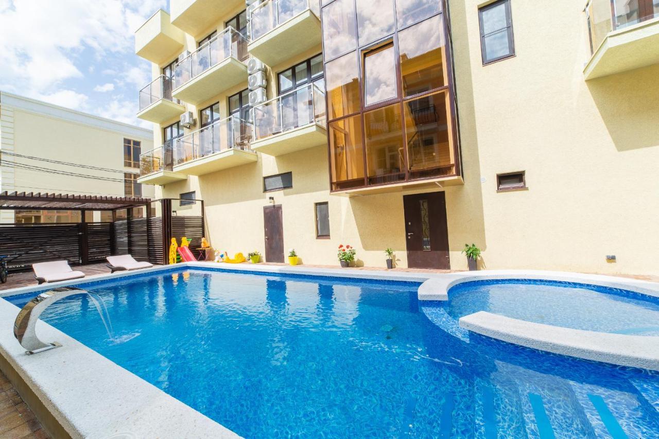 Отель  Eridan Hotel