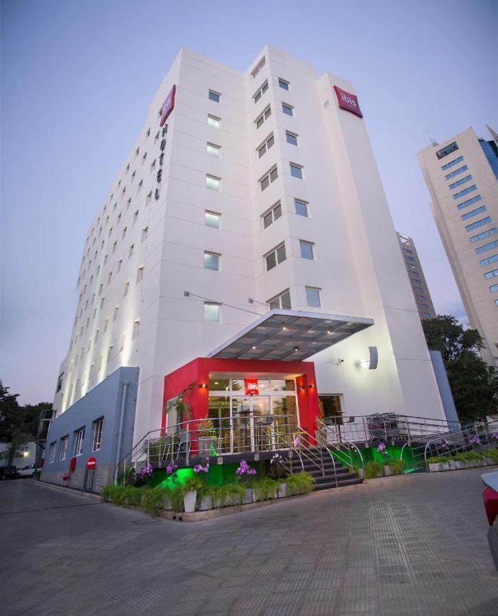 Отель  Отель  Ibis Asuncion