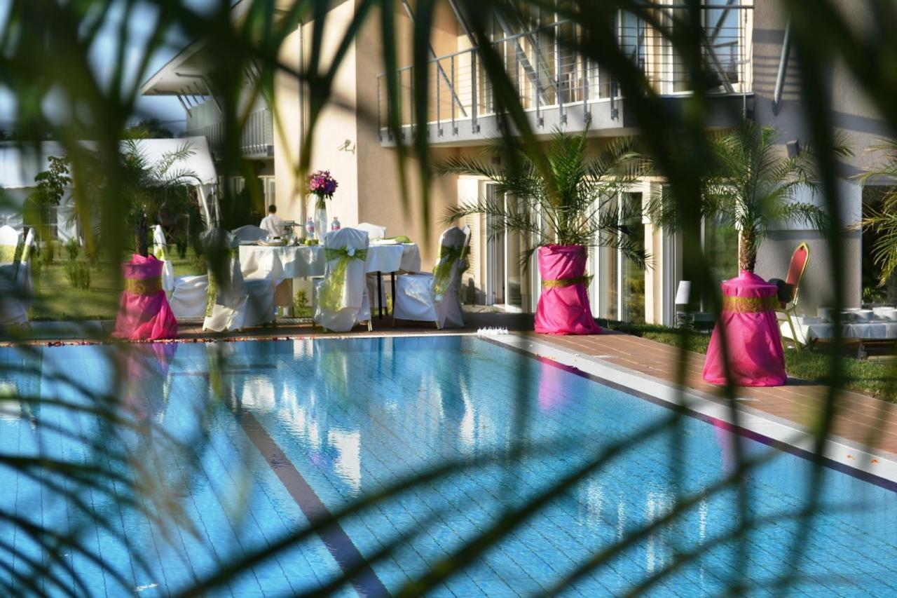 Отель  Szépia Bio and Art Hotel  - отзывы Booking