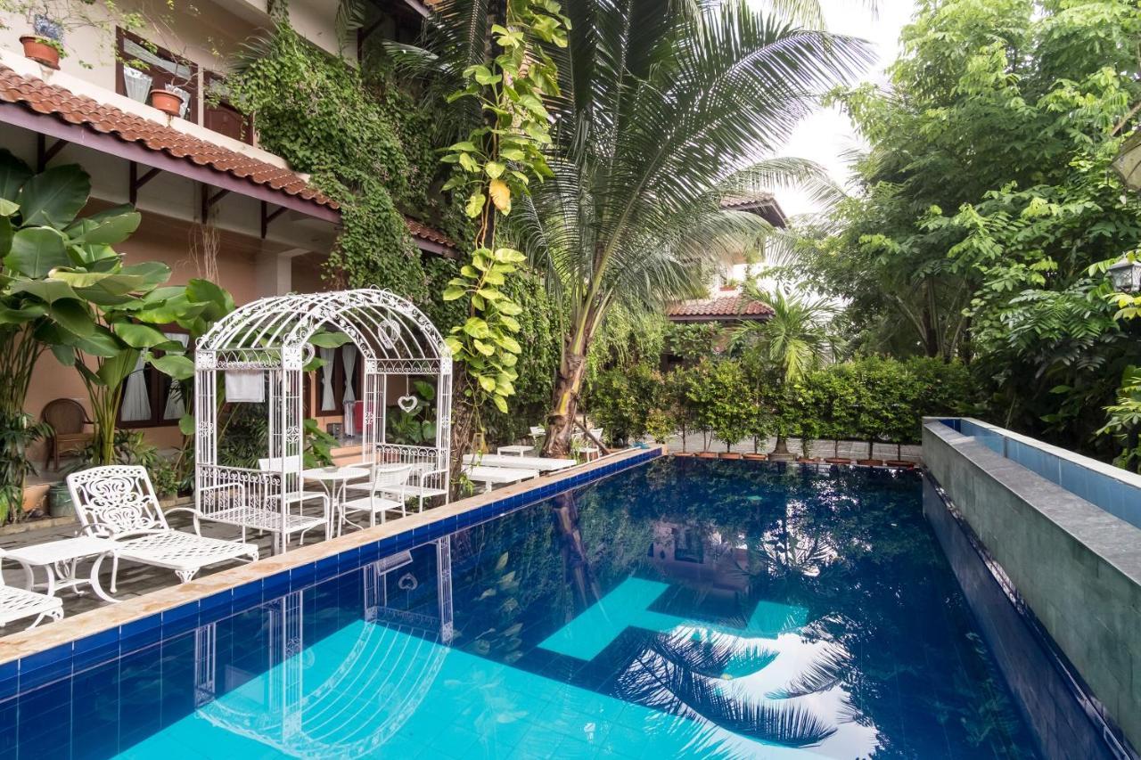 Отель  OYO 994 Huber Apartment  - отзывы Booking