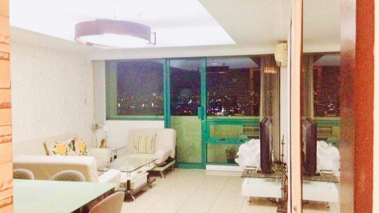67 Sqm Condo Unit In Robinson Place Residences Manila Philippines Booking Com