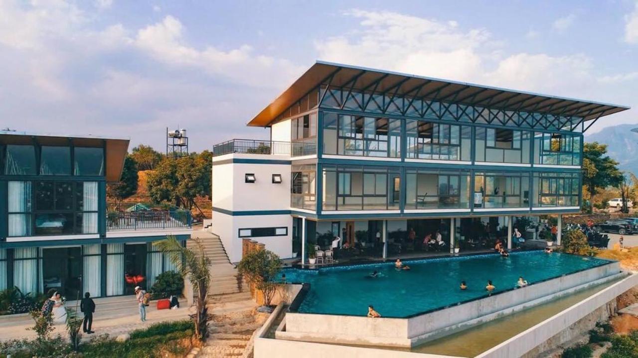 Отель Dragonfly Hotel Nghia Lo