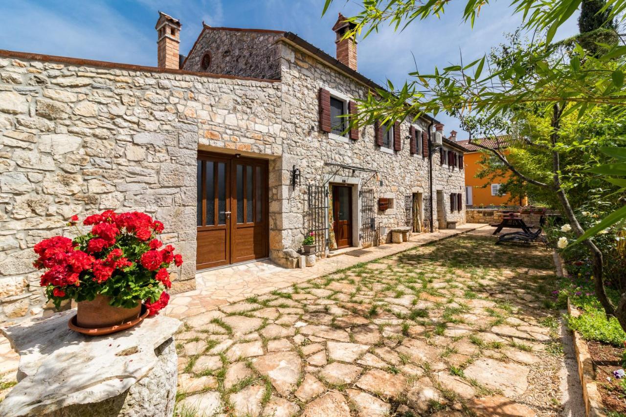 Фото  Дом для отпуска  Old Istrian Home Martina