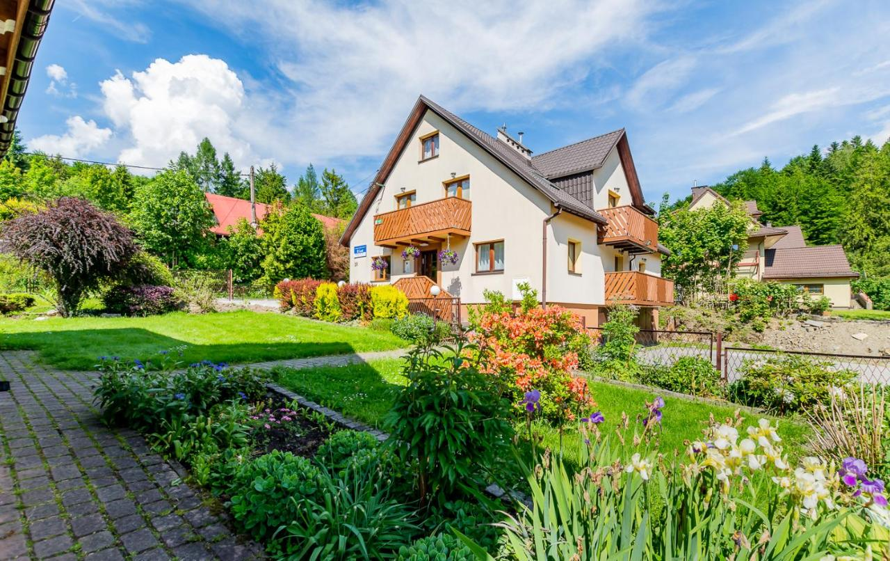 Проживание в семье  Apartament i Pokoje Gościnne u Lusi - POKOJE OZONOWANE!!!  - отзывы Booking