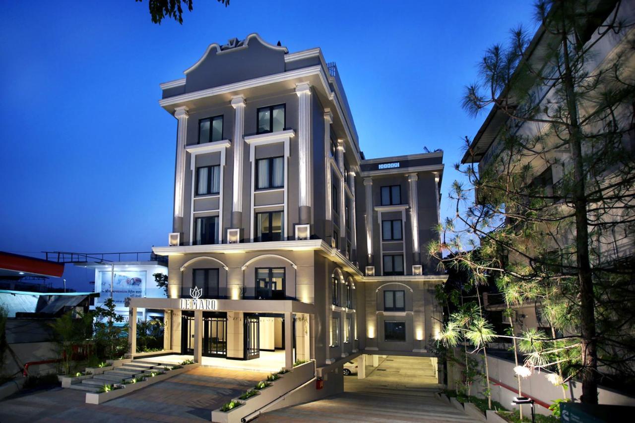 Отель  Отель  LEMARQ