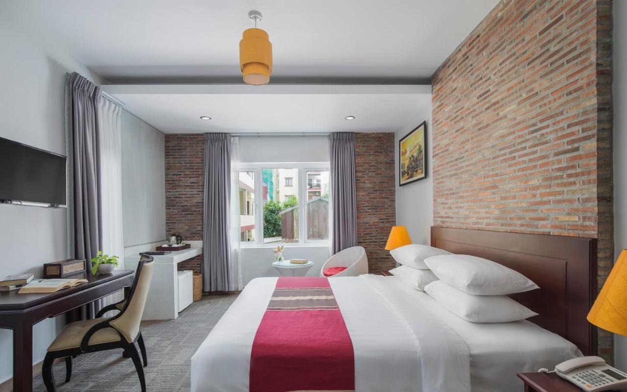 Отель  Sovanna Hotel  - отзывы Booking