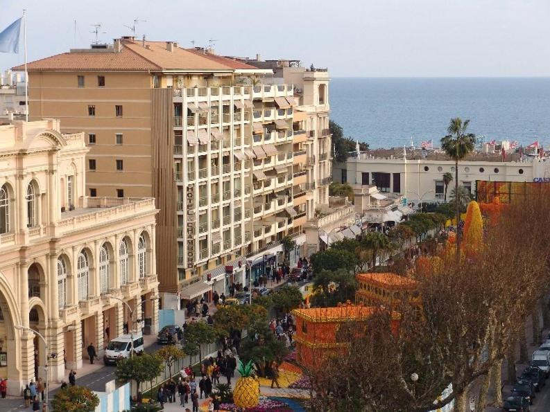 Отель  Hotel Chambord  - отзывы Booking