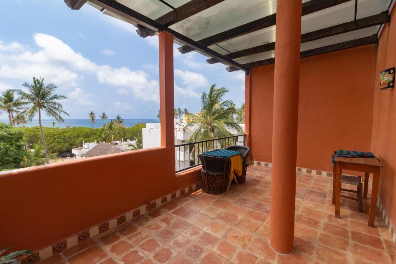 Отель  Posada Las Flores Vacation Villas