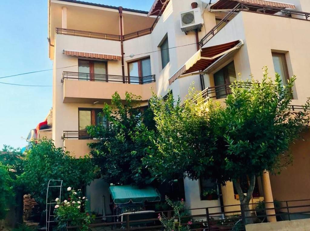 Апартаменты/квартиры  Студиа Мансарда Ненови  - отзывы Booking