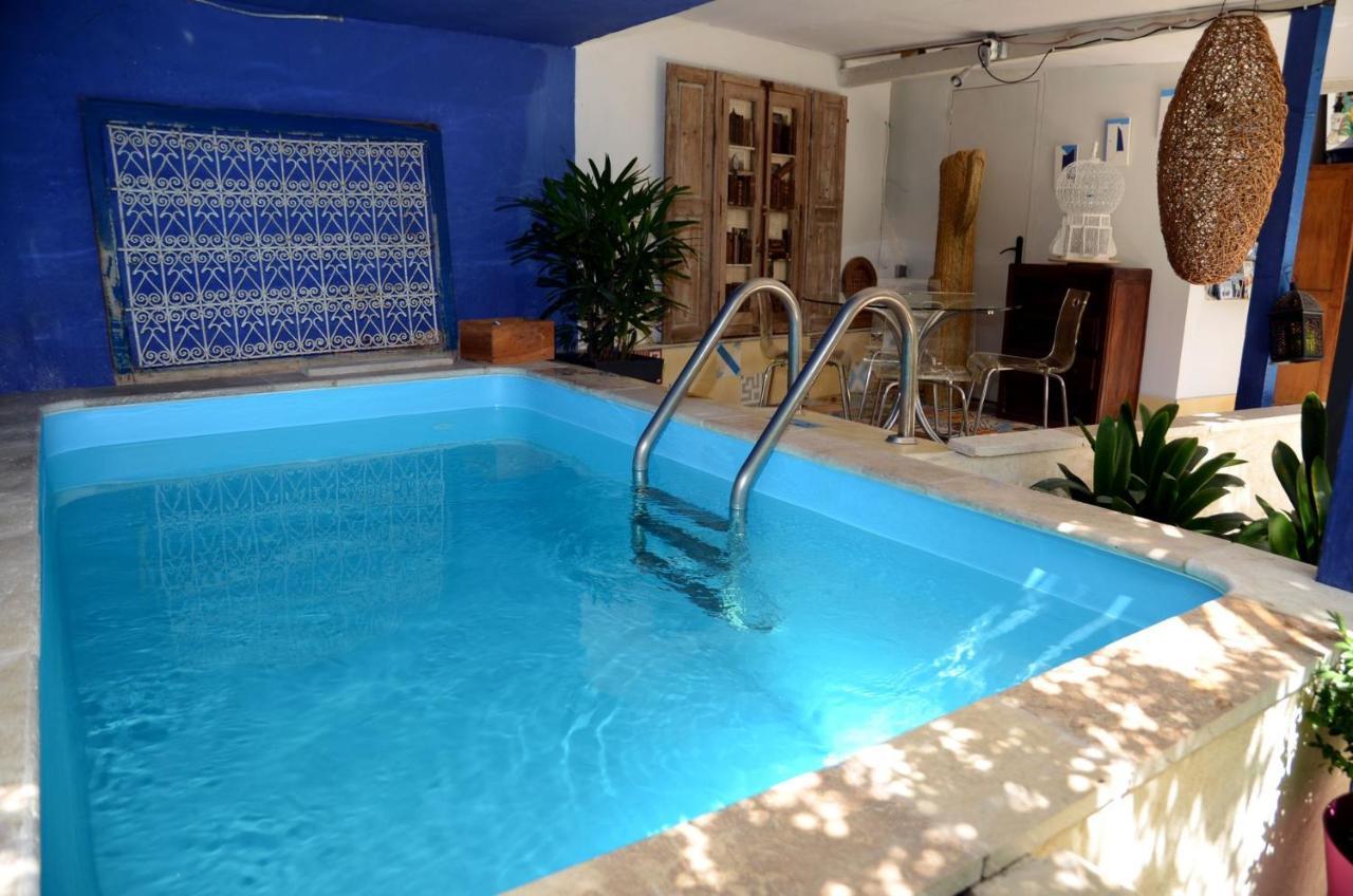 Отель типа «постель и завтрак»  Chambres et Table d'hôtes Le Jardin de Tesse  - отзывы Booking