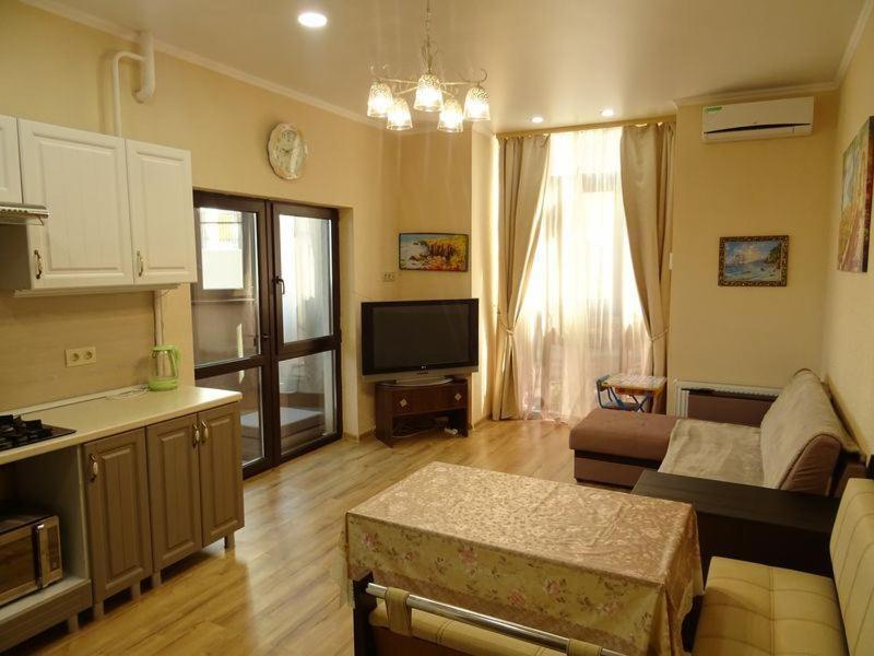 Апартаменты/квартира  Апартаменты ЖК Альбатрос Одесская 3а  - отзывы Booking