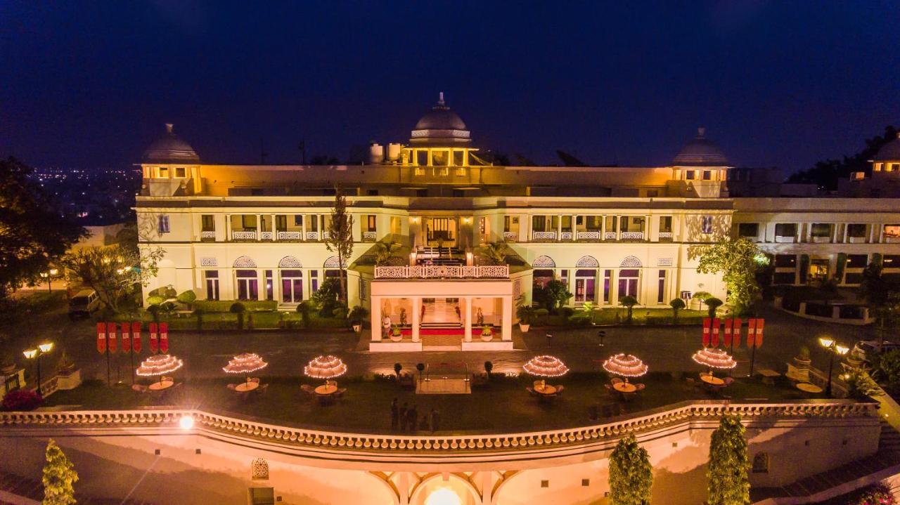 Отель  The Lalit Laxmi Vilas Palace