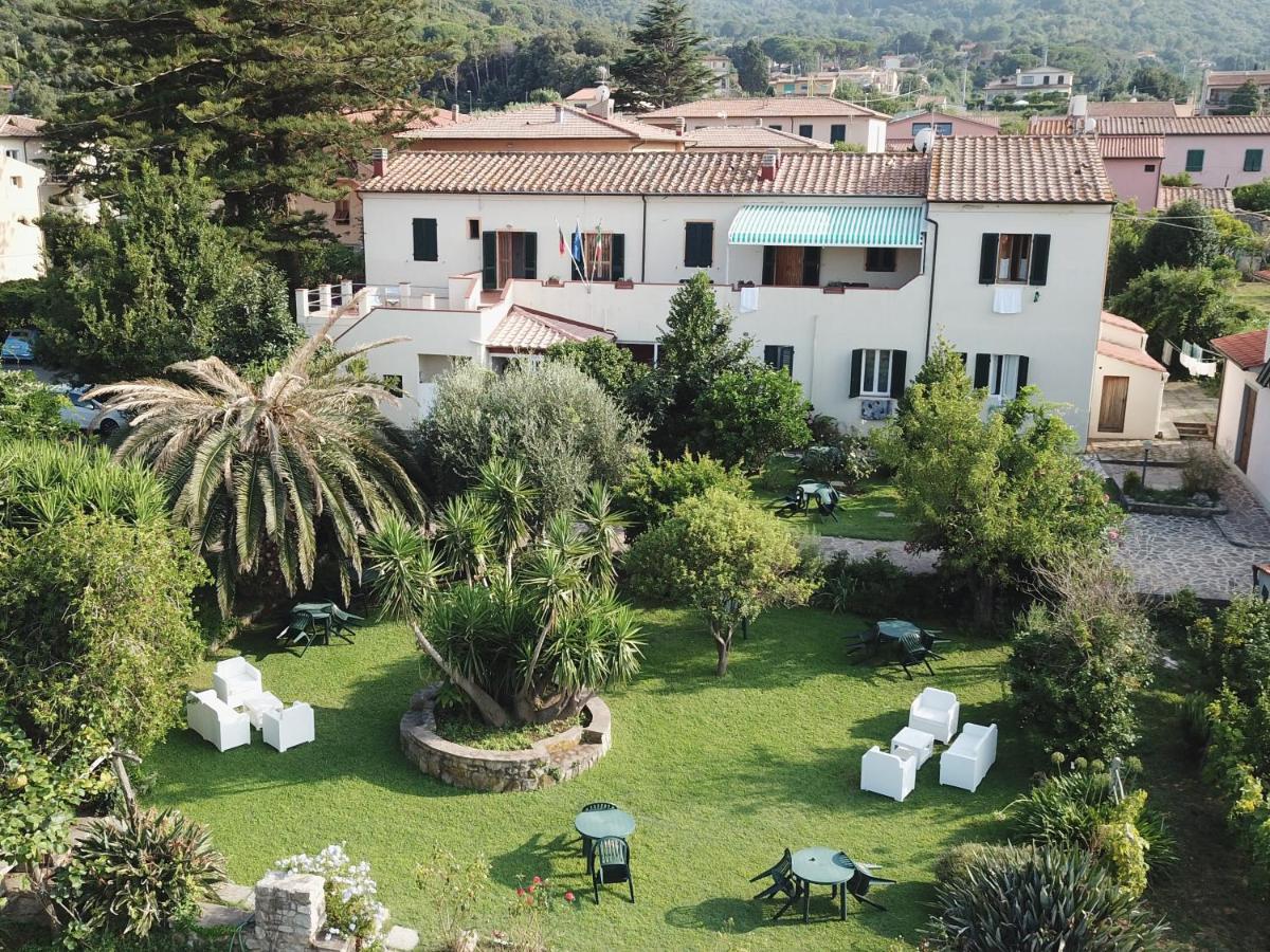 Отель  Hotel Casa Lupi  - отзывы Booking
