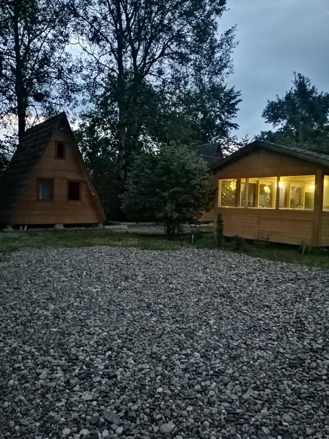 Гостевой дом  Теремки у реки по дороге на Архыз