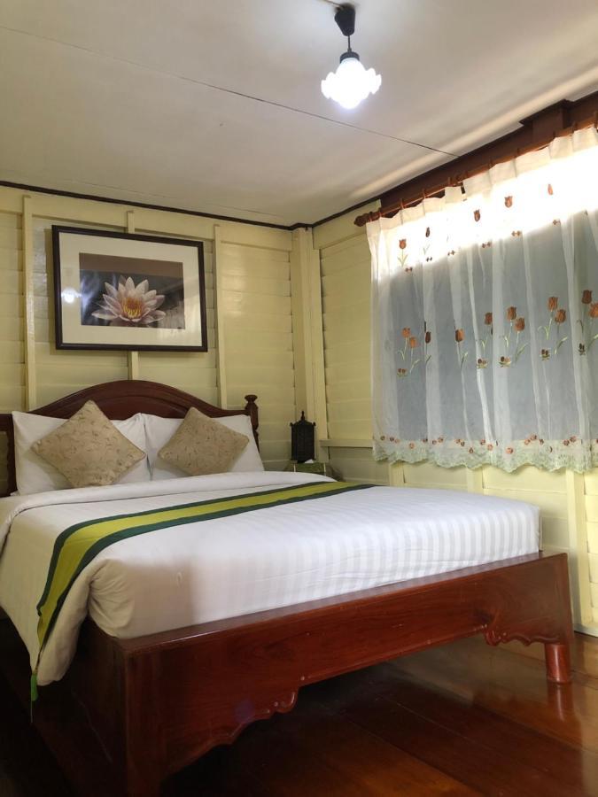 Курортный отель  Resort Bangphlat