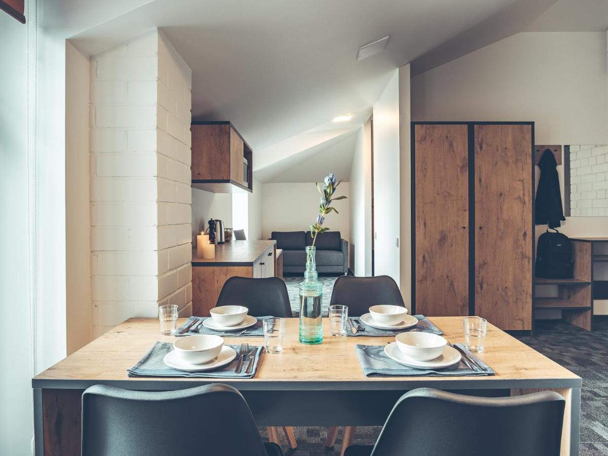 Отель  Railway Hotel & Apartments - SELF CHECK-IN