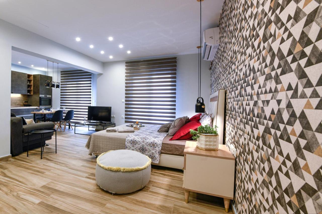 Апартаменты/квартиры  Adell Luxury Apartments