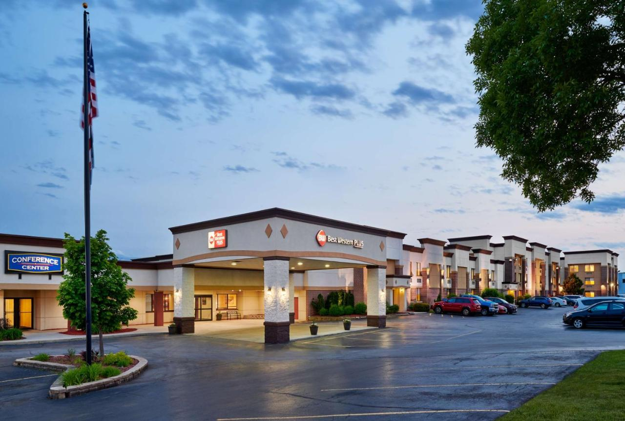 Отель  Best Western Plus Milwaukee Airport Hotel & Conference Center