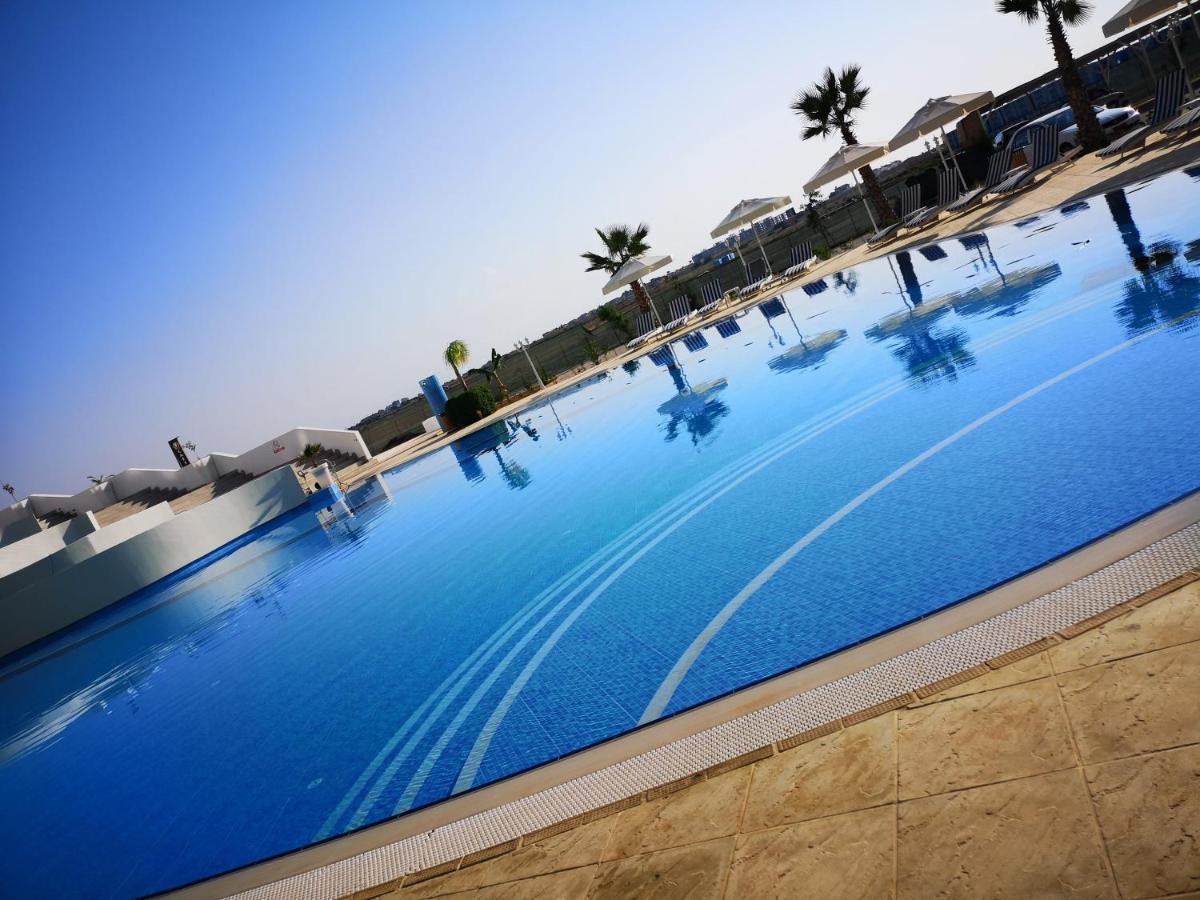 Апартаменты/квартиры  Deluxe Studios Seaside Residence  - отзывы Booking