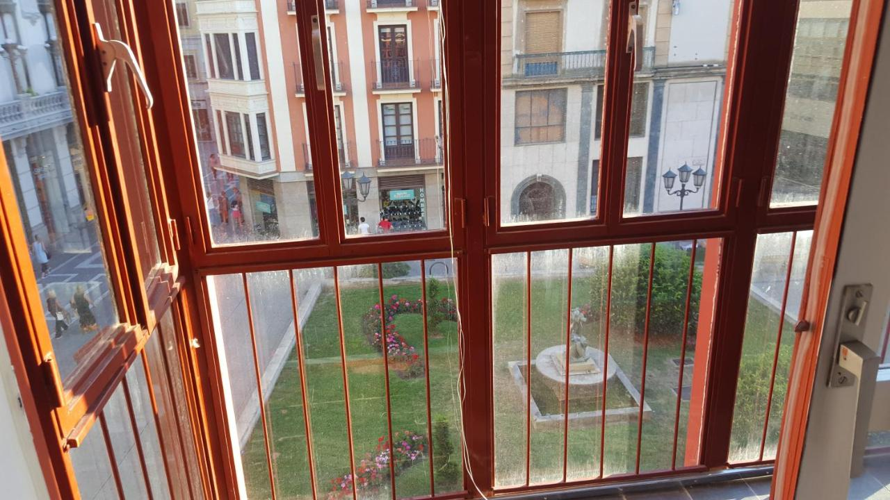 Апартаменты/квартира  Apartamento CENTRO HISTÓRICO Zorrilla 4  - отзывы Booking