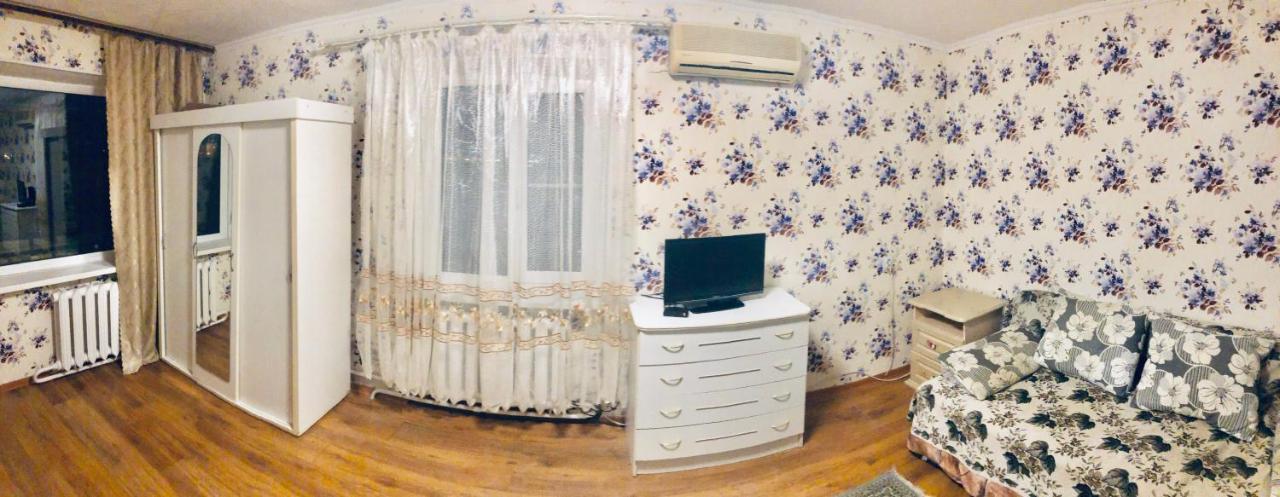 Апартаменты/квартира  Апартаменты на бульваре Черняховского, в минуте от моря,