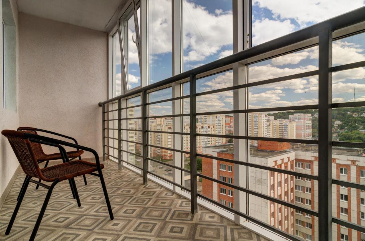 Фото  Апартаменты/квартира  Новые Апартаменты с панорамным видом в центре города