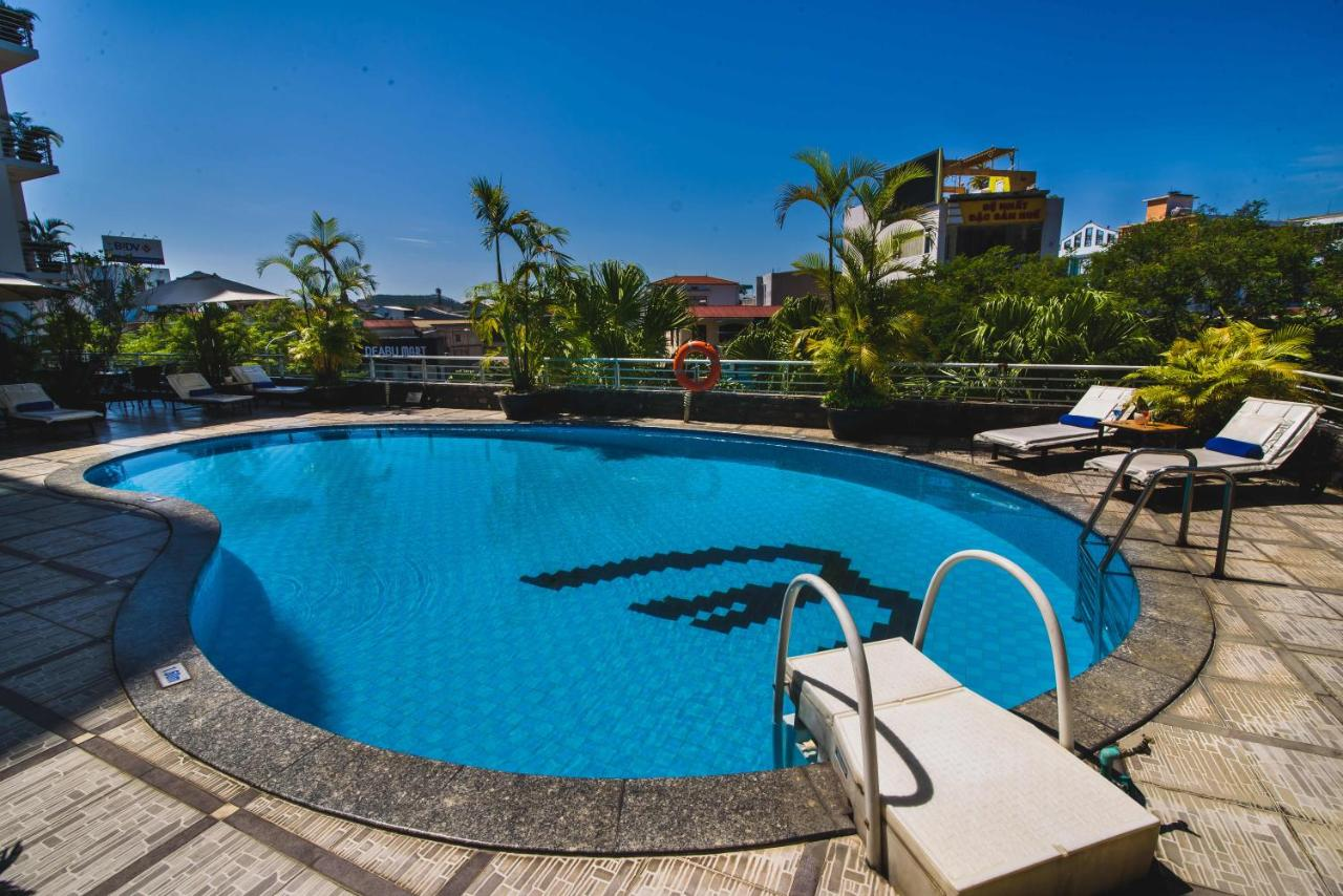 Отель  Mondial Hotel  - отзывы Booking