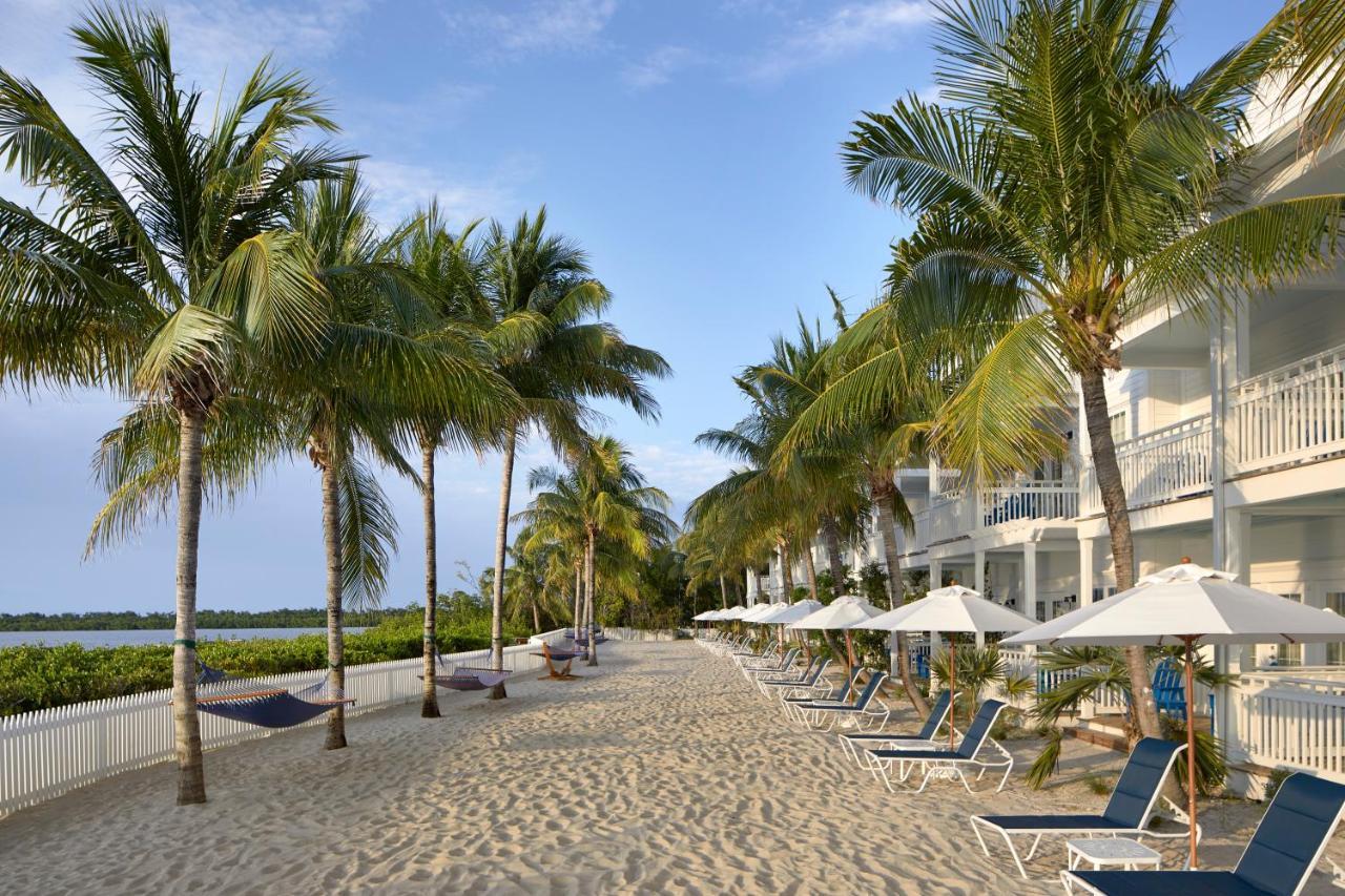 Курортный отель  Курортный отель  Parrot Key Hotel & Villas