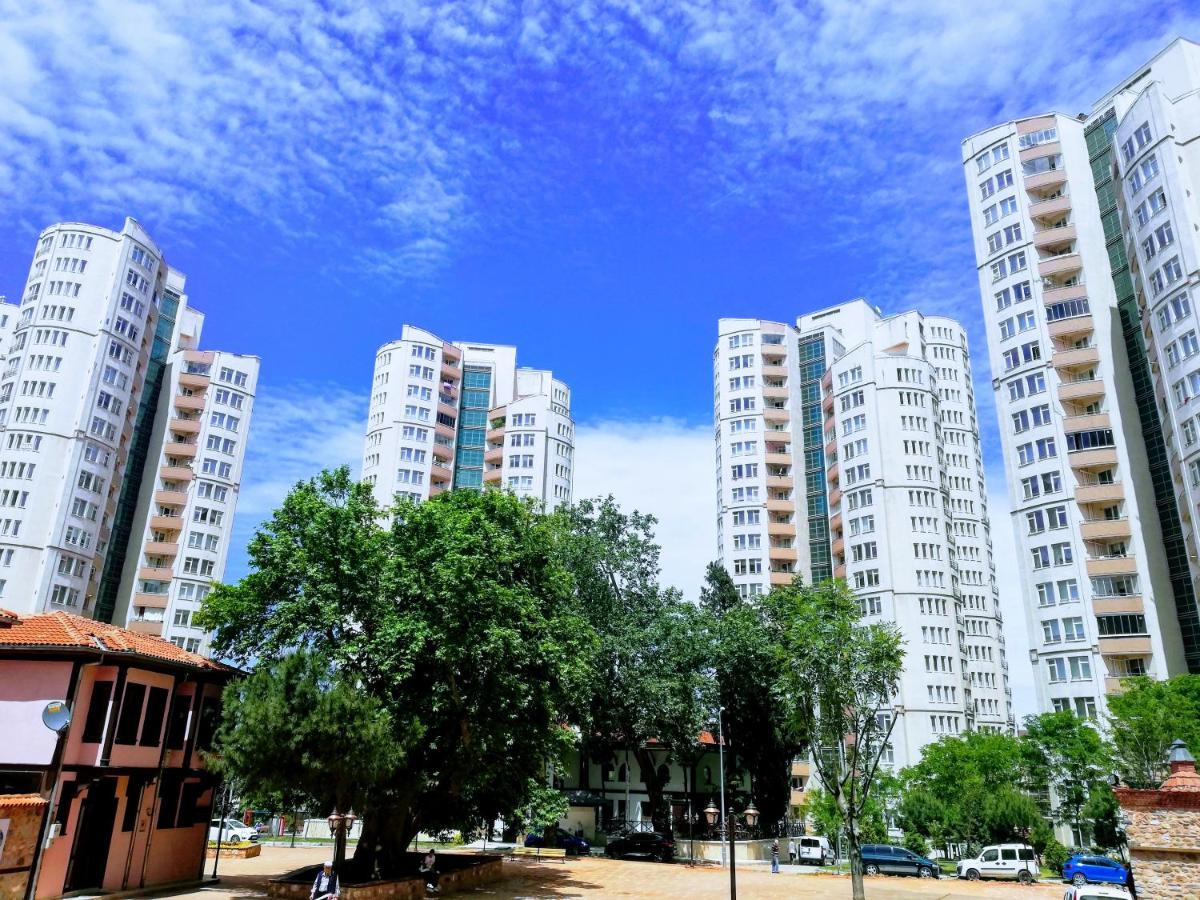 Апартаменты/квартира  شقة كبيرة ديلوكس ثلاث غرف وصالون