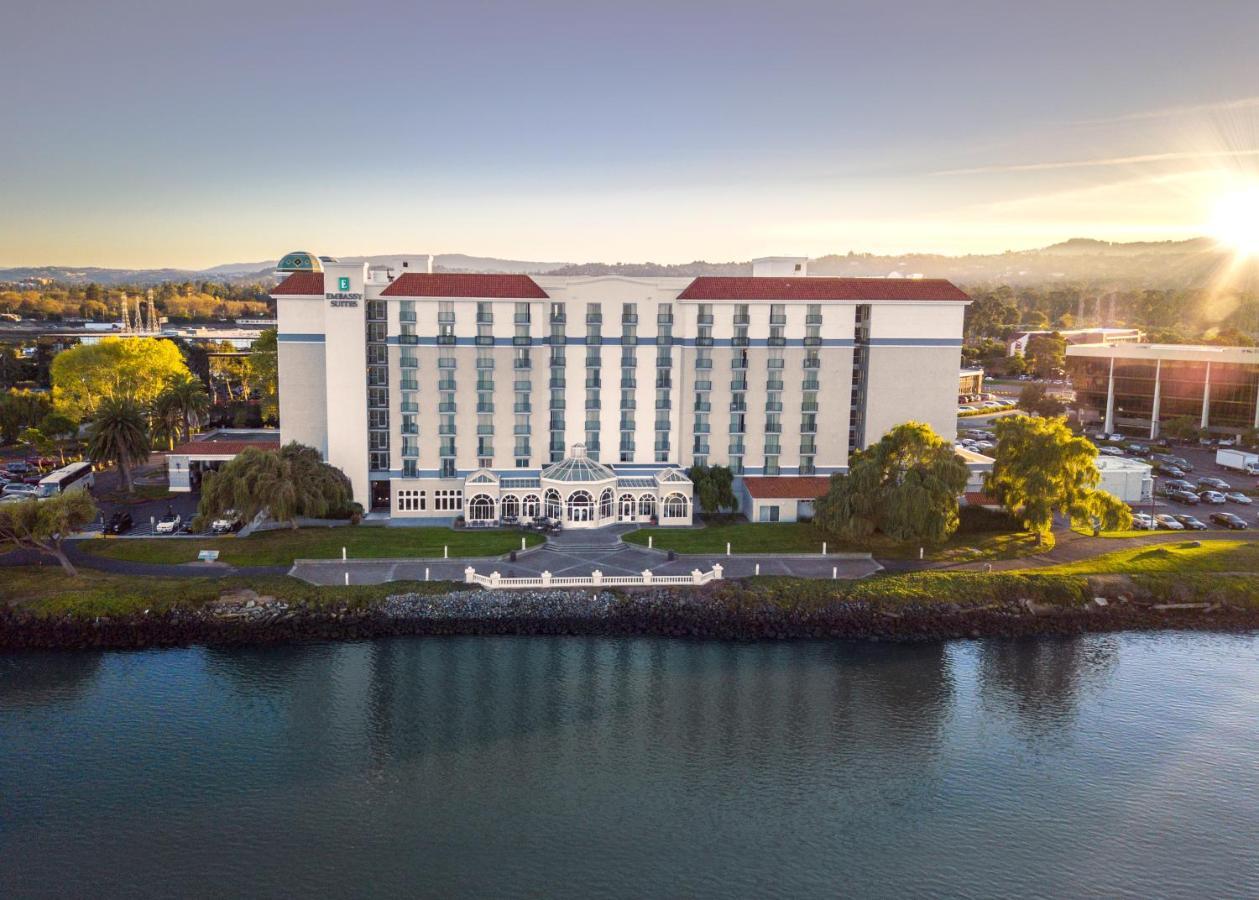 Отель  Embassy Suites San Francisco Airport - Waterfront  - отзывы Booking