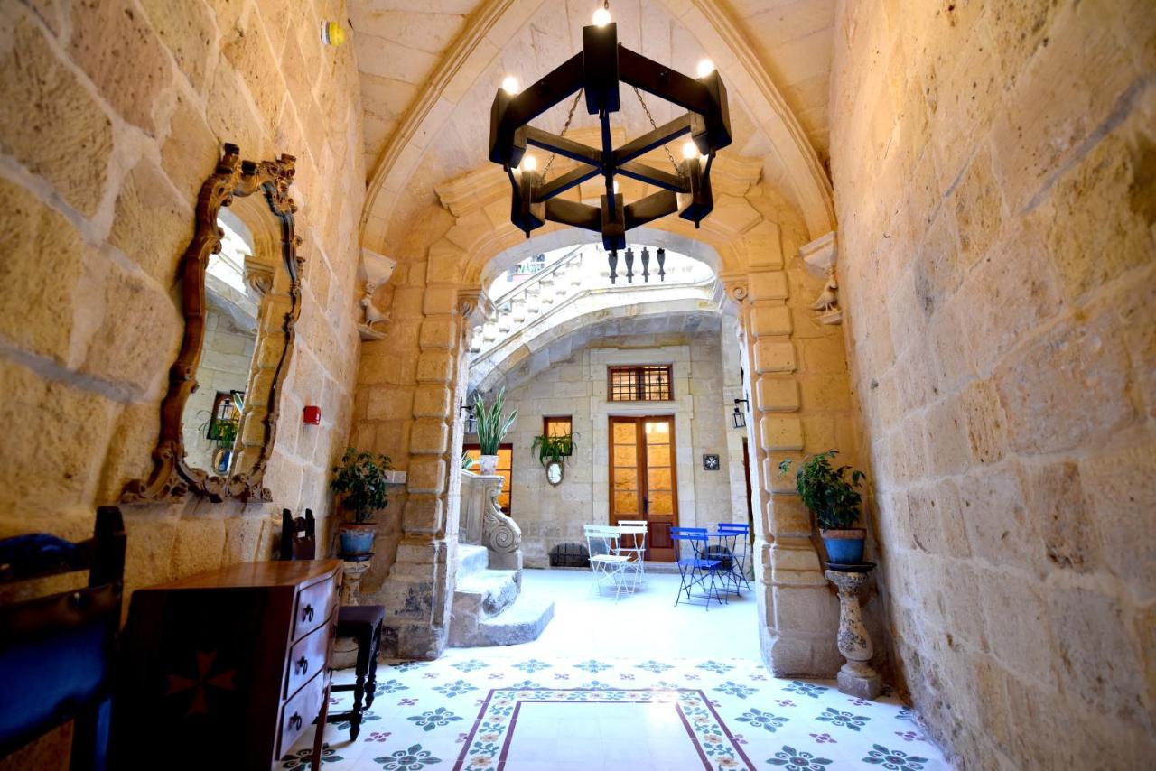 Отель  The Lodge  - отзывы Booking