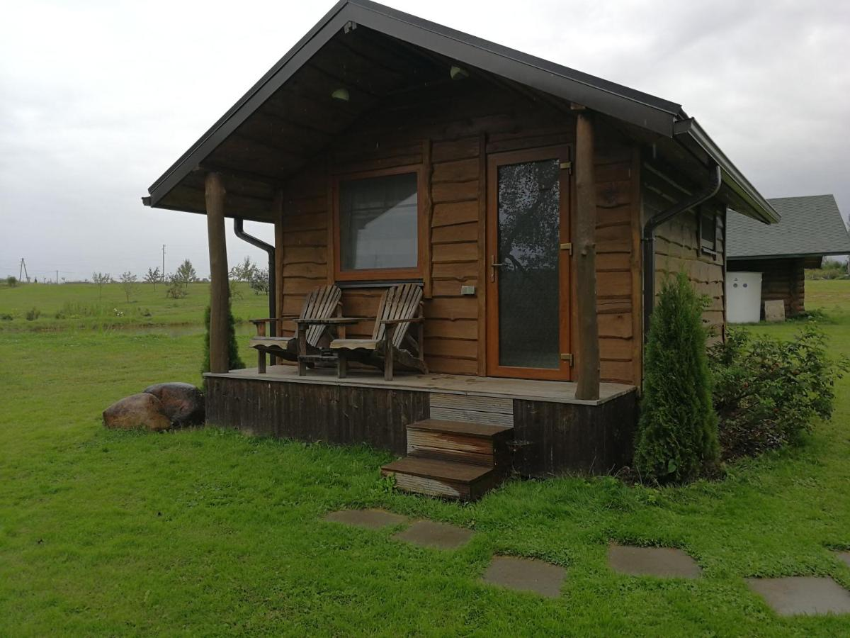 Кемпинг  Iecupes Wooden Cabin With View To River