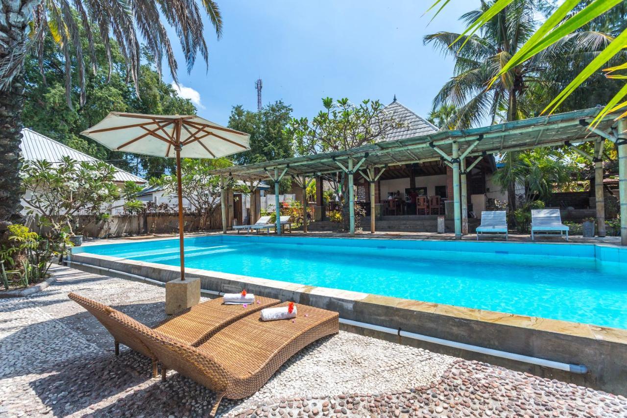 Отель  OYO 1363 Gili Indah Resort