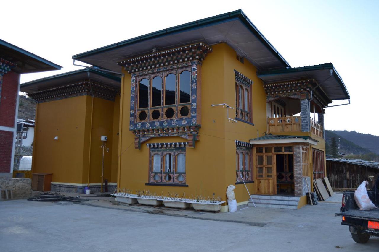 Отель типа «постель и завтрак»  Yangkey Villa