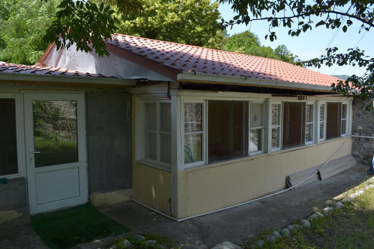 Хостел  Mini Hostel At OLD HOUSE