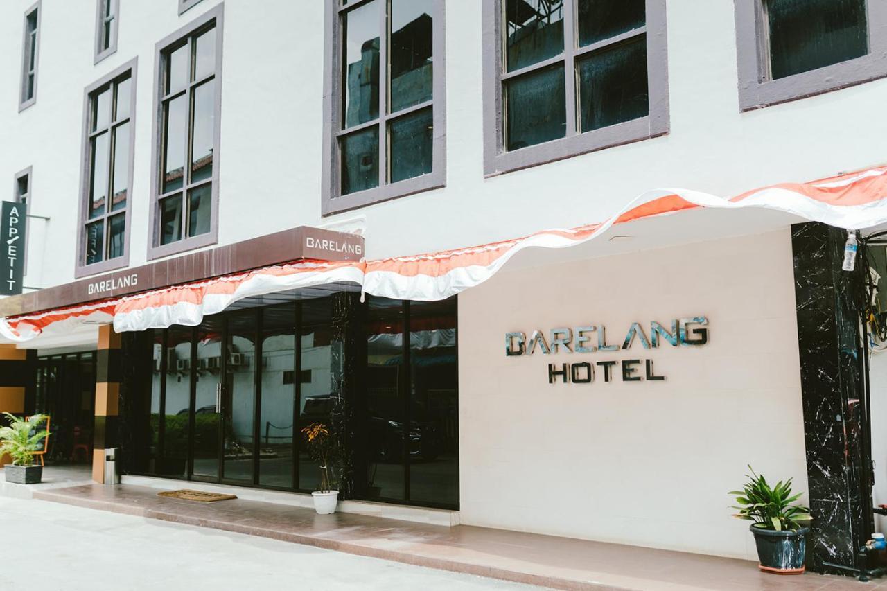 Отель  Barelang Hotel Nagoya Batam