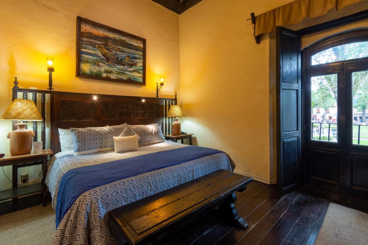 Отель  Hotel Mansion Iturbe  - отзывы Booking