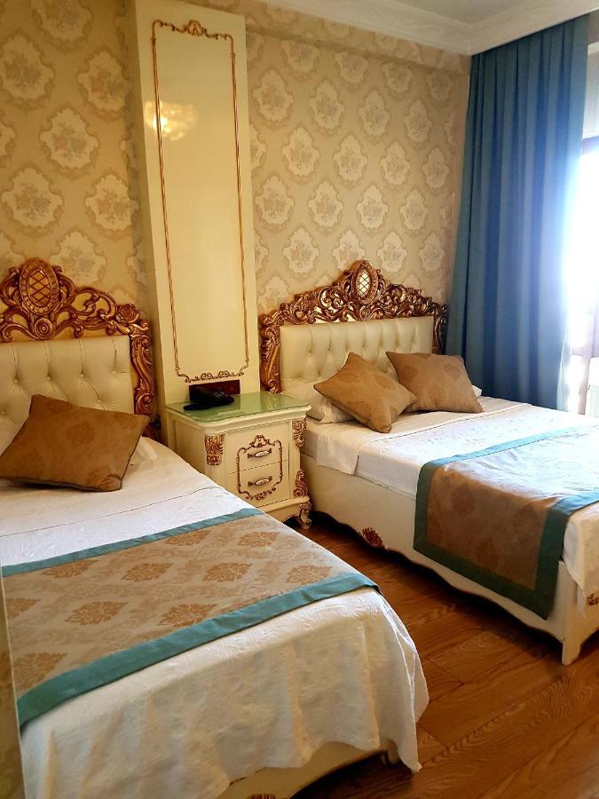 Отель  Best Town Hotel