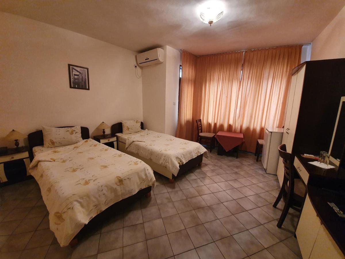 Отель  Primavera 1 Hotel  - отзывы Booking