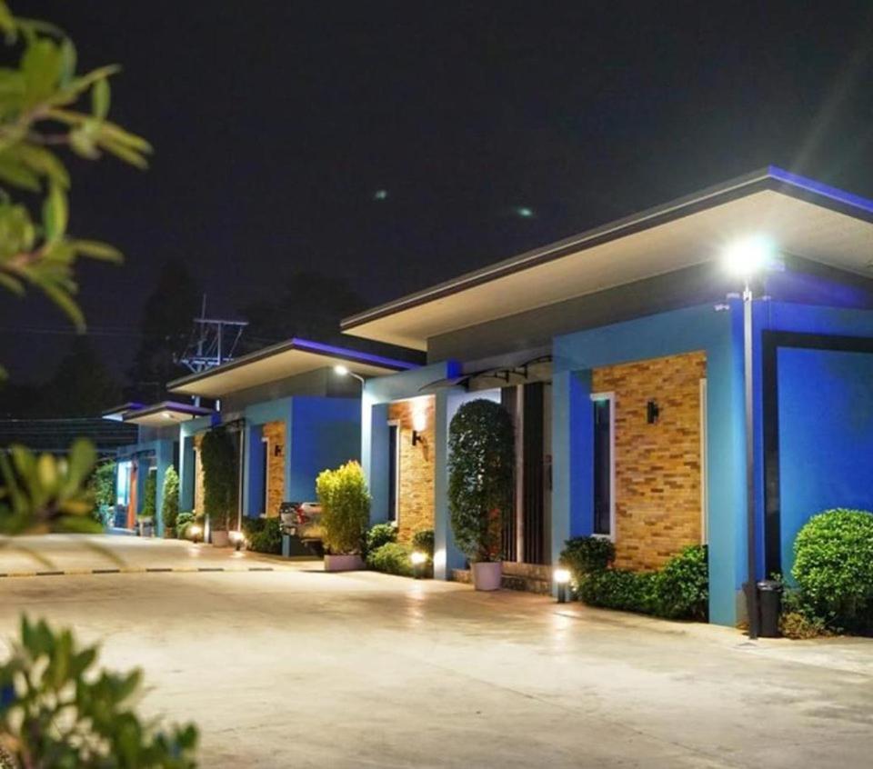 Отель  บลูออคิดรีสอร์ท ตรัง  - отзывы Booking