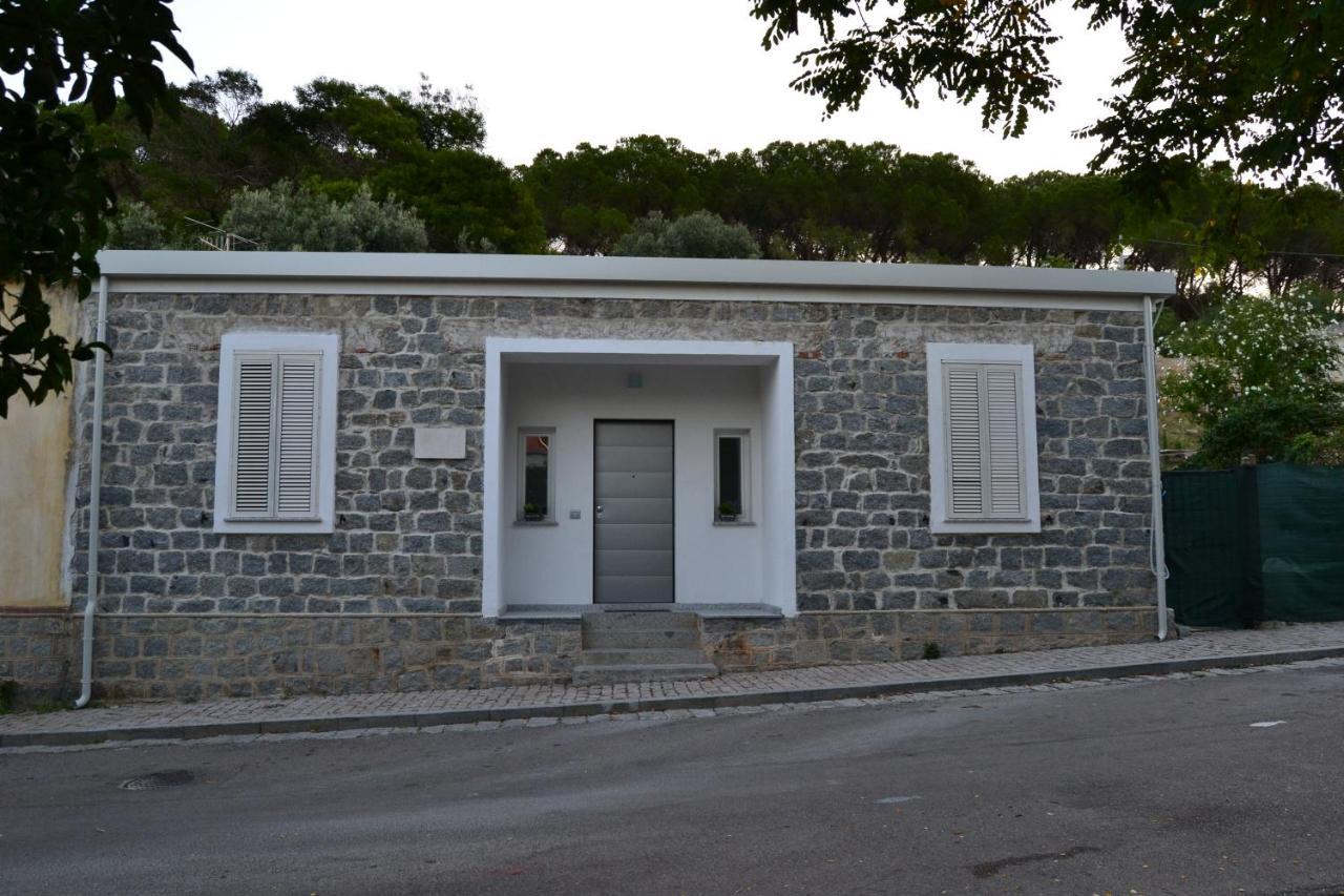 Апарт-отель  Borgo Marinaro La Medusa Arbatax - camere con bagno privato o appartamento con cucina  - отзывы Booking