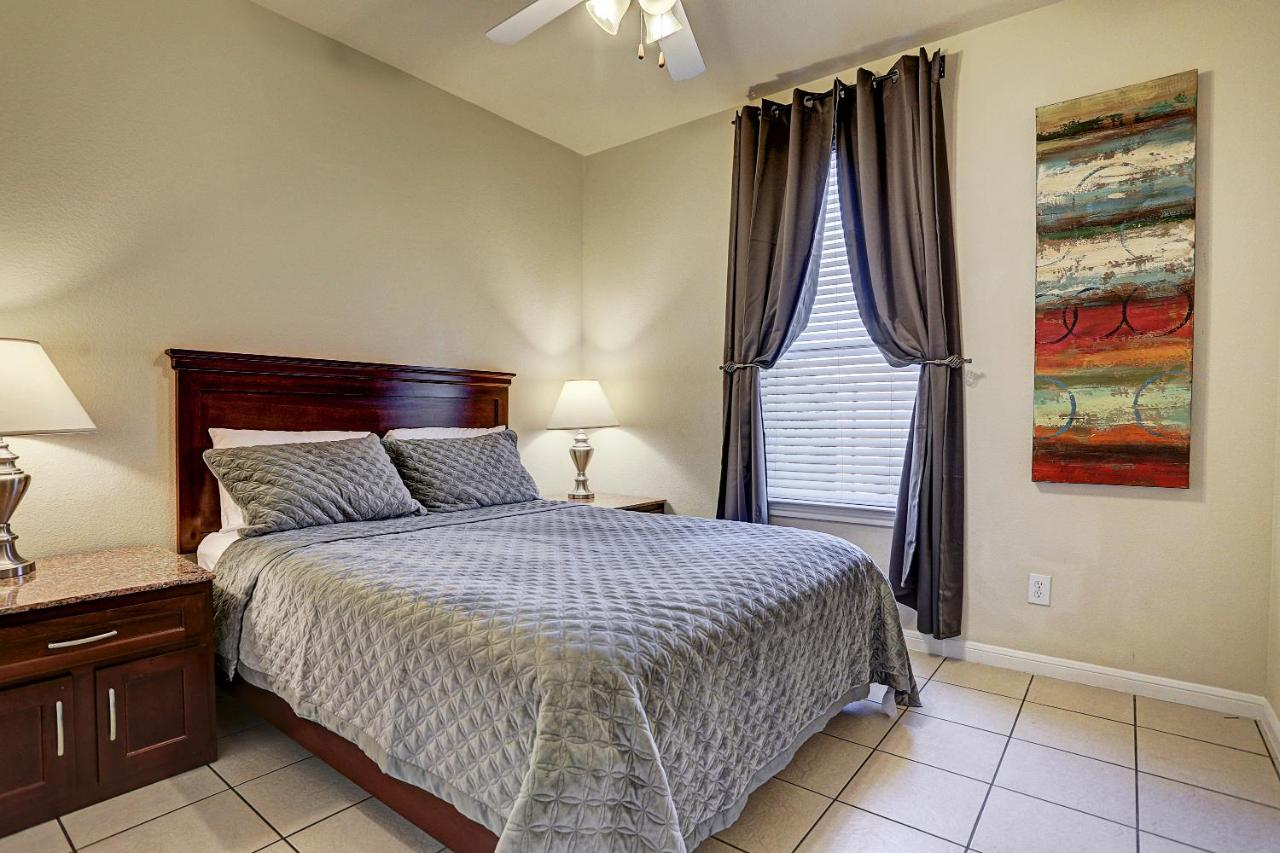 Villa Corporate 2 Bedroom Suite Houston Tx Booking Com