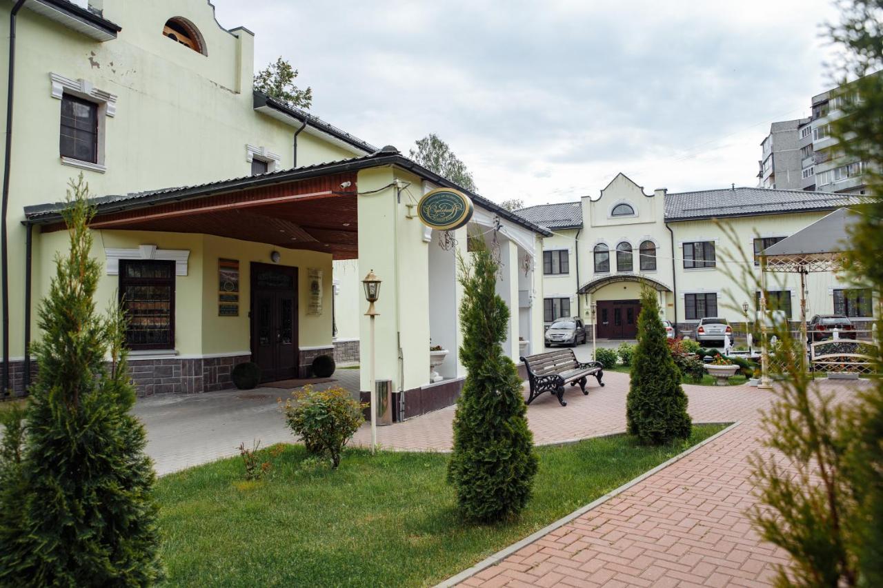 Отель  Гостиный двор Зуевский  - отзывы Booking