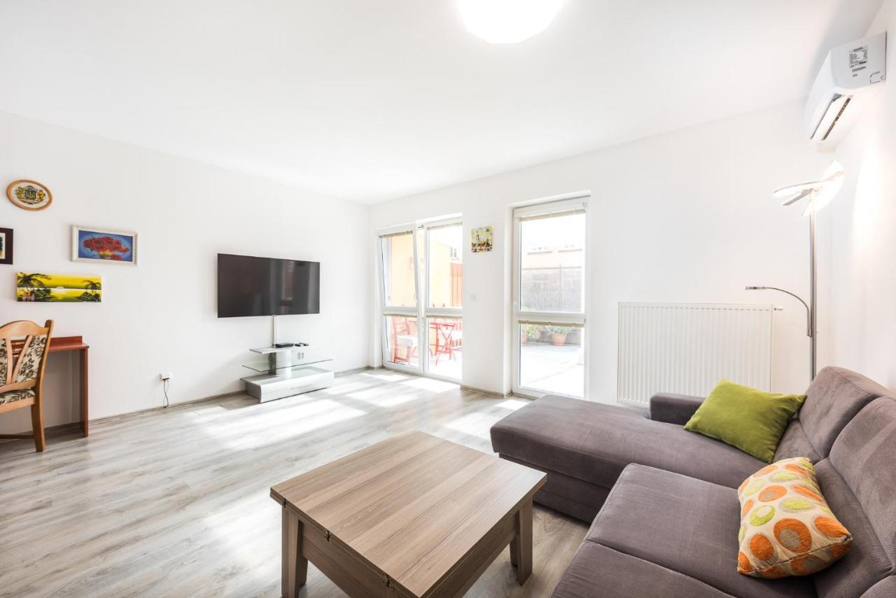 Апартаменты/квартира U Petra a Pavla v centru Brna, 60m2 + terasa 25m2 - отзывы Booking