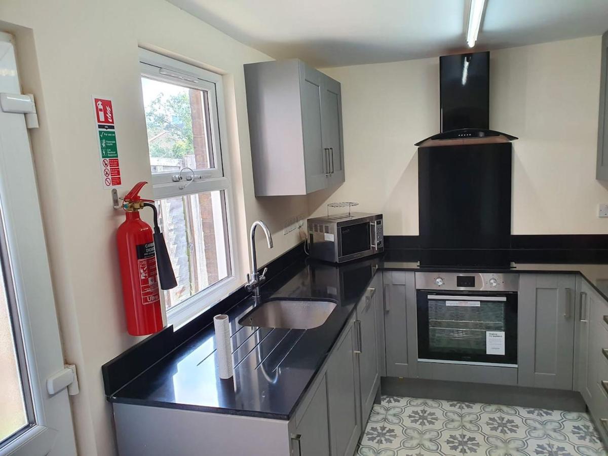 Domestic Appliance repair in SL1 Court