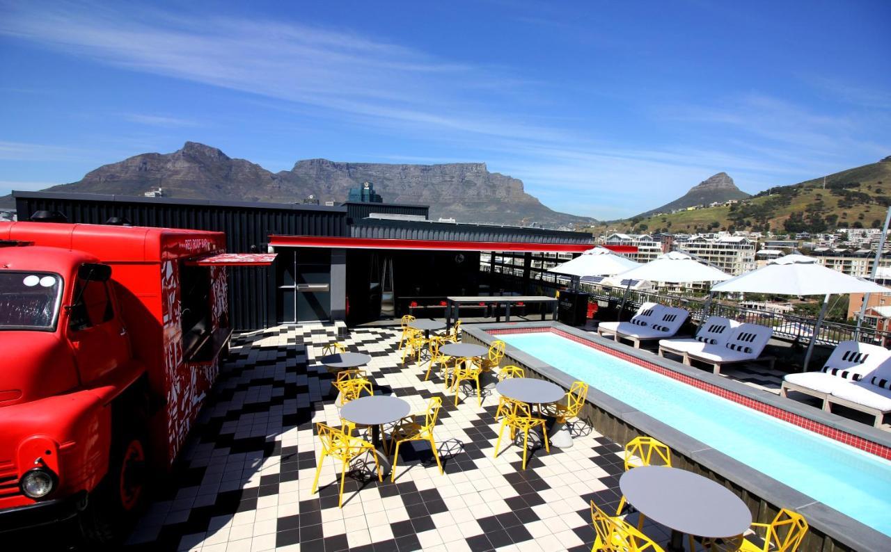 Отель  Radisson RED Hotel V&A Waterfront Cape Town